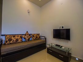 Oyo 12686 Home Modern 2Bhk Varca photos Exterior