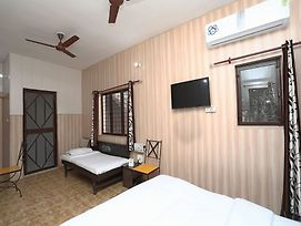 Oyo 13153 Home Valley View 1Bhk Mussoorie Bypass photos Exterior