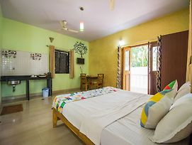 Oyo 13144 Home 1Bhk Morjim Beach photos Exterior