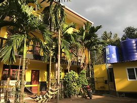 The Hive Hostel Koh Tao photos Exterior