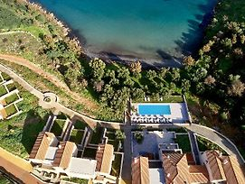 100 Rizes Seaside Resort - Small Luxury Hotels photos Exterior