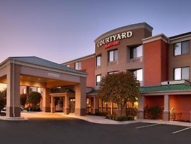 Courtyard By Marriott Kansas City Shawnee photos Exterior