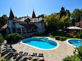 Garni Hotel Vila Milord Resort photos Exterior