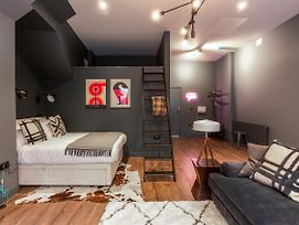 Dark Matter - Studio Apartment photos Exterior