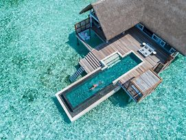 Four Seasons Resort Maldives At Landaa Giraavaru photos Exterior