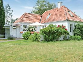 One Bedroom Holiday Home In Gilleleje photos Exterior