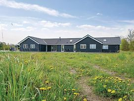 Ten Bedroom Holiday Home In Grenaa photos Exterior