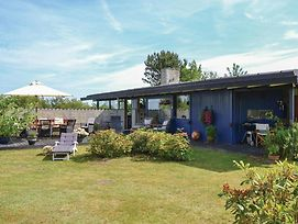 Three Bedroom Holiday Home In Vejby photos Exterior
