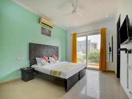 Golf-View 1Br Stay In Gurgaon photos Exterior
