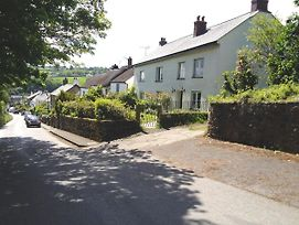 Townend Devon photos Exterior
