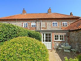Charming Holiday Home In Blakeney With Garden photos Exterior