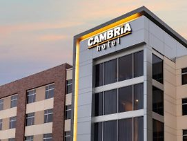 Cambria Hotel Omaha Downtown photos Exterior