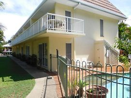 Bayshores Apartment Hervey Bay photos Exterior