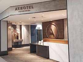 Aerotel T3 London Heathrow photos Exterior