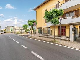Two-Bedroom Apartment In Romentino photos Exterior