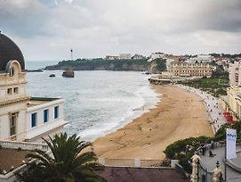 Elegant Apartment With Elevator, Ocean Views And Parking In Biarritz photos Exterior