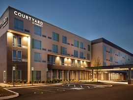 Courtyard By Marriott Indianapolis West-Speedway photos Exterior