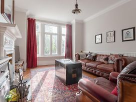 Well-Decorated 2 Bedroom Garden Flat In Balham photos Exterior