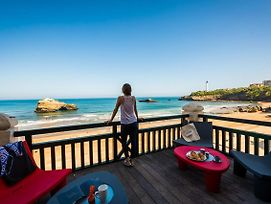 Beachfront Apartment With Terrace, Parking And Access To Pool In Biarritz photos Exterior