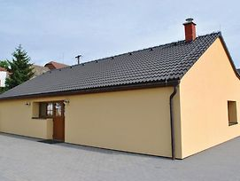 Three Bedroom Holiday Home In Lesonice photos Exterior