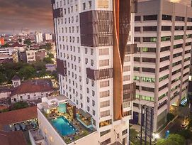Crown Prince Hotel Surabaya photos Exterior