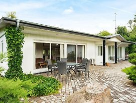 Four Bedroom Holiday Home In Ebeltoft 6 photos Exterior