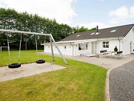 Four Bedroom Holiday Home In Ega photos Exterior