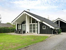 Two-Bedroom Holiday Home In Juelsminde 4 photos Exterior