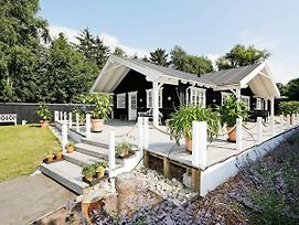 Three-Bedroom Holiday Home In Gilleleje 16 photos Exterior