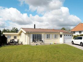 Three-Bedroom Holiday Home In Frorup 3 photos Exterior