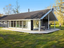 Four Bedroom Holiday Home In Gedser 2 photos Exterior