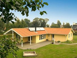 Four Bedroom Holiday Home In Nordborg 2 photos Exterior
