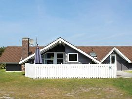 Four Bedroom Holiday Home In Blavand 45 photos Exterior