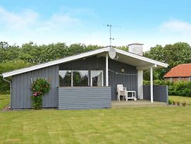 Three-Bedroom Holiday Home In Hemmet 97 photos Exterior