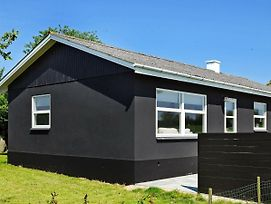 Four Bedroom Holiday Home In Frorup photos Exterior