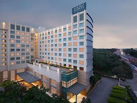 Four Points By Sheraton Hotel And Serviced Apartments photos Exterior