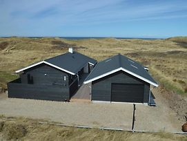 Four-Bedroom Holiday Home Skagen With A Fireplace 02 photos Exterior