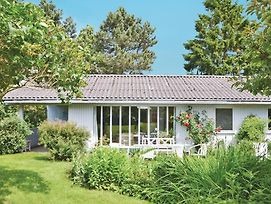 Holiday Home Tyr Holmen photos Exterior