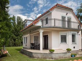 Holiday Home In Balatonmariafurdo 19513 photos Exterior