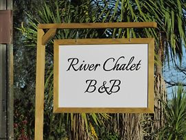 River Chalet B&B photos Exterior