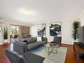 North Ryde Self Contained 2 Bed Apartment photos Exterior