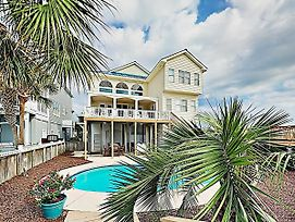 New Listing! Oceanfront Majesty W/ Pool & Elevator Home photos Exterior