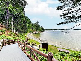 New Listing! Sprucewold Cabin W/ Bay-View Veranda Cottage photos Exterior