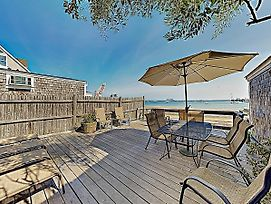 New Listing! Brand-New Waterfront Condo W/ Deck Condo photos Exterior