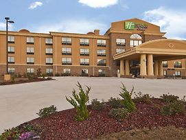 Holiday Inn Express & Suites Jackson/Pearl International Airport photos Exterior