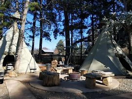 Little Wings Teepee Camp photos Exterior