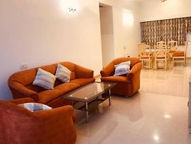 Comfortable & Relaxing Stay In Bandra East photos Exterior