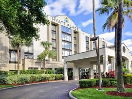 Hyatt Place Tampa Airport/Westshore photos Exterior