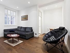 Sophisticated 1 Bed Apt Sleeps 4 Near Chelsea photos Exterior