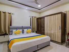 Treebo Trip Ovolo Suites Jubilee Hills photos Exterior